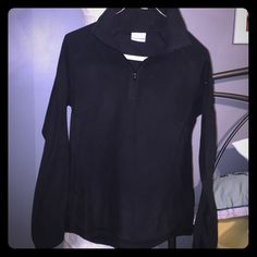 Columbia quarter zip sweater Black quater zip Columbia fleece sweater. Super soft, super flattering, and so warm! Columbia Sweaters