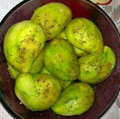 green mango & pepper with salt