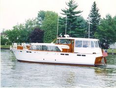 50' Chris-Craft 50 Constellation  almost the exact same boat that I grew up on...the Norski!