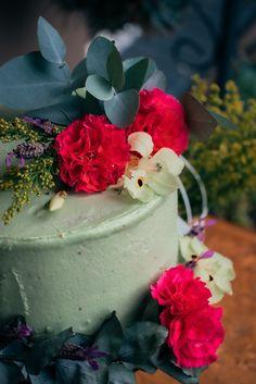 Bakery Website, Cream Cheese Frosting, Carrot Cake, Fresh Flowers, Catering, Wedding Cakes, Elegant, Simple, Garden