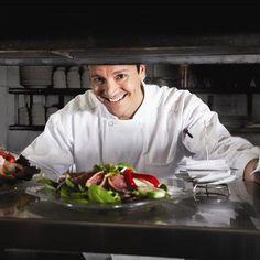 Stop overeating, 6 tips! 6 tips para que las fiestas no acaben con tu alimentación saludable! Source: 6 tips para no comer de más en estas fiestas!!!     Visita: http://www.eatright.org/Public/content.aspx?id=6442472645#.UMYYwoP8L3Q