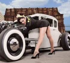 pin up hot rod pictures Rat Rod Girls, Car Girls, Pin Up Girls, Rockabilly Mode, Rockabilly Fashion, Hot Rods, Chevrolet Camaro, Chevy, Buick
