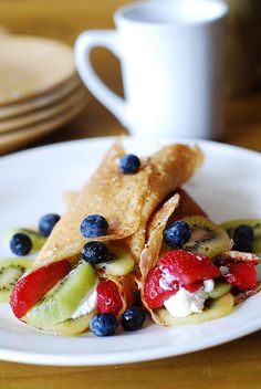 Dessert crepes with ricotta cheese, berries, and kiwi | Julia's Album
