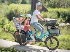 Kid-Carrying Electric Bikes - The Tern GSD Utility eBike Can Carry Ample Cargo with You. It's capable of carrying up to two children, a hefty load of groceries or up to 180kg of other cargo without showing signs of slowing down. It boasts a Bosch motor and dual-battery technology in order to provide up to 155 miles of range.
