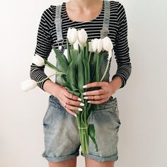 overalls and tulips