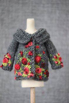 Blythe jacket embroidered clothes for Blythe doll knitted outfit Pullip jacket vintage,Great some ideas for beautiful embroidery By embroidering beautiful designs, small figures or wonderful edges, DIY style makers may design their very . Crochet Doll Clothes, Knitted Dolls, Doll Clothes Patterns, Crochet Dolls, Crochet Baby, Yellow Clothes, Embroidered Clothes, Fabric Dolls, Barbie Clothes