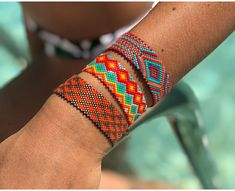 Bead Loom Designs, Beaded Jewelry Designs, Bead Jewellery, Handmade Jewelry, Beaded Bracelet Patterns, Beaded Bracelets, Brick Stitch, Bead Crochet, Loom Beading