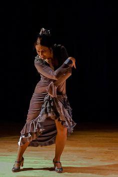 Flamenco dancer, Sonia Olla. ♥ Wonderful! www.thewonderfulworldofdance.com #ballet #dance