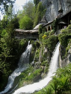 101 Most Beautiful Places To Visit Before You Die! (Entrance to St Beatus Caves, Interlaken, Switzerland) Places Around The World, The Places Youll Go, Places To See, Hidden Places, Secret Places, Dream Vacations, Vacation Spots, Vacation Travel, Vacation Destinations