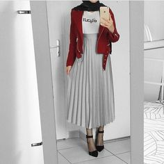 35 Trendy Ideas For Skirt Outfits Hijab Midi Modern Hijab Fashion, Hijab Fashion Inspiration, Muslim Fashion, Modest Fashion, Skirt Fashion, Fashion Outfits, Fashion Women, Hijab Style Dress, Casual Hijab Outfit