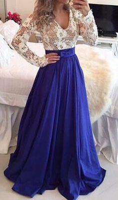 Sapphire Blue Patchwork White Plunging Neckline Long Sleeve Maxi Dress