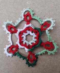 Tatting Between Words: Late Christmas Tatting.