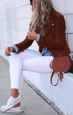 #winter #outfits denim button shirt, white jeans, suede brown jacket, converse