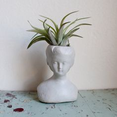 7 Head Over Heels In Love With Busts Ideas Head Planters Planters Garden Inspiration