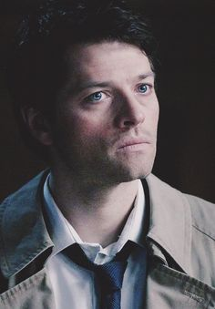 Castiel (from Supernatural, the CW TV series) played by Misha Collins Dean Winchester, Dean And Castiel, Supernatural Destiel, Castiel Angel, Crowley, Character Bank, Super Natural, Attractive People, Misha Collins