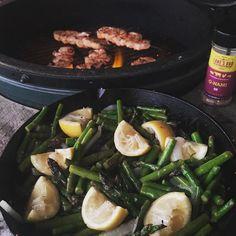Shrimp on the Barbie tonight! Seasoned with @lanesbbq #qnami. Also made some lemon garlic asparagus. Always on @fogocharcoal. #shrimponthebarbie #lemon #garlic #asparagus #bge #bbq #biggreenegg #egghead #fogocharcoal #lodgecastiron by andersonnguyening