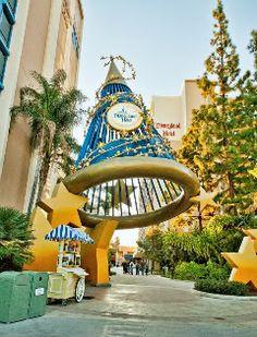 Anaheim: 10 Ways to Save Money at Disneyland