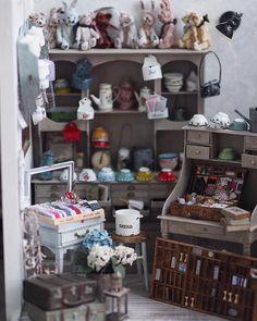 いいね!2,768件、コメント63件 ― kiyomiさん(@chiisanashiawase2015)のInstagramアカウント: 「❤︎ ・ original handmade miniature size 1/12 ・ ミニチュア 雑貨屋さん。 ・ ・ ・ ・ ・ ・ #ミニチュア#miniature#dollhouse…」