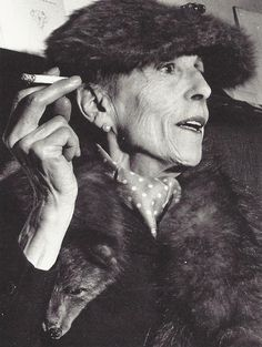 Karen von Blixen-Finecke Dinesen, was a Danish author also known by her pen name Isak Dinesen. Blixen is best known for Out of Africa, her account of living in Kenya, and one of her stories, Babette's Feast. Maria Callas, Tilda Swinton, Karen Blixen, Ute Lemper, Henry Miller, Writers And Poets, Book People, Out Of Africa, Sophia Loren