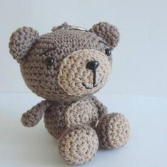 Porte clés ours brun, ourson beige et marron en coton crochet