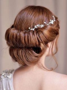 Pleasant Low Bun Wedding Pinterest Low Buns And Buns Hairstyles For Women Draintrainus