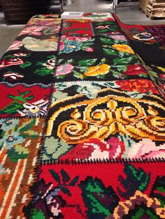 Homemade Home Decor, Needle And Thread, Carpets, Bohemian Rug, Ikea, Quilts, Decorating, Blanket, Rugs