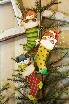 Doggy Stocking Ornament - The Round Top Collection C8046
