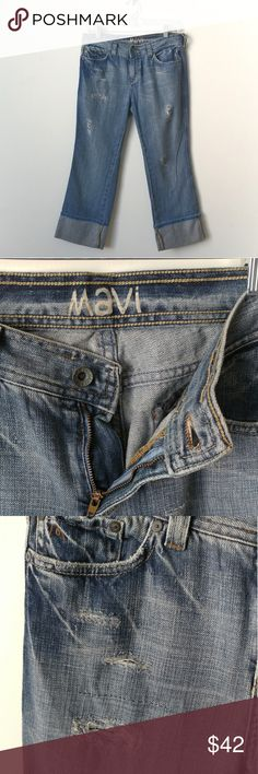 +M A V I + Distressed Boyfriend Jeans Material: 100% cotton Condition: Pristine - like new Style: Crop Boyfriend  Distressed features throughout. Care/size tag removed - mesurements are estimated. No defects.   ✔Stock photo is for wearing suggestion only. Not actual jean. Mavi Jeans Ankle & Cropped