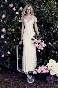 Jenny Packham Wedding Dress // Pinned by Dauphine Magazine x Castlefield - Curated by Castlefield Bridal & Branding Atelier and delivering the ultimate experience for the haute couture connoisseur! Visit www.dauphinemagaz..., @dauphinemagazine on Instagram, and @dauphinemag on Pinterest • Visit Castlefield: www.castlefield.co and @ castlefieldco on Instagram / Luxury, fashion, weddings, bridal style, décor, travel, art, design, jewelry, photography, beauty, interiors