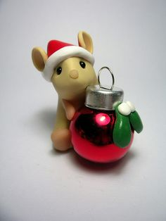 Christmas Mouse by QuernusCrafts, via Flickr
