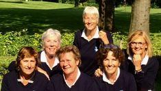 Dames Senioren 1 Golfclub Capelle terug in de   Na in de reguliere competitie als poule-winnaar geëindigd te zijn, moesten we op 24 mei in het uiterste zuiden van ons land op de Zuid-Limburgse golfclub Wittem de promotiewedstrijd spelen tegen het tweede team van de Hilversumse Golfclub. 24 Mei, Land, Country, Couple Photos, Couples, Couple Shots, Rural Area, Country Music, Couple