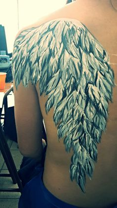 #body  #painting #fly #wing #makeup #artist Roxana