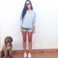Spotted VILA Style on @barcuetohuelva wearing our Vicentury sweat top  Find it with 25% discount on Vila.com right now! ✌️ #marathongirl #top #sweattop #sunday #dog #shopping #fashion #vila #vilaclothes