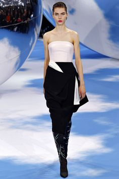 Christian Dior Fall 2013 Ready-to-Wear Fashion Show - Elise Smidt (WOMEN)