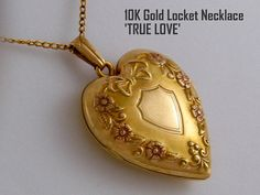 Antique locket necklaces are the perfect gift for any special occasion... Gift for Brides from Groom, Anniversary Gift for Wife, Birthday Gift for