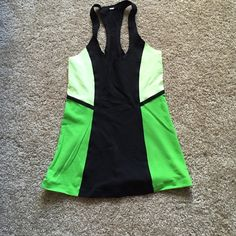 Lululemon tank Super slimming! And seamless so lays super flat and doesn't chafe. Barely worn! lululemon athletica Tops Tank Tops
