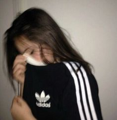 adidas, girl, and black Bild Pic Tumblr, Adidas Tumblr, Mode Adidas, Tmblr Girl, Insta Photo Ideas, Tumblr Photography, Aesthetic Girl, Girl Photos, Adidas Women