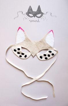 Adorable DIY fox mask for your kids' Halloween costumes Diy Halloween, Halloween Costumes, Costumes Kids, Diy For Kids, Crafts For Kids, Craft Projects, Sewing Projects, Diy And Crafts, Arts And Crafts