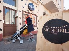 Greentom GREENtour bei MONKIND Berlin Buggy, Berlin Germany, Children, Kids, Stationary, Baby Strollers, Road Trip, Shop Ideas, Travel
