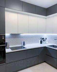 Kitchen Bar Design, Grey Kitchen Designs, Kitchen Cupboard Designs, Luxury Kitchen Design, Interior Design Kitchen, Kitchen Layout, Kitchen Ideas, Modern Kitchen Interiors, Small Modern Kitchens