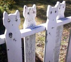 Crazy cat lady fence!