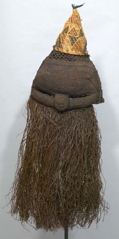 Africa | Ceremony and Ritual face mask from the Salampasu people of DR Congo | ca. 20th century | Plant fiber ~ basket weave