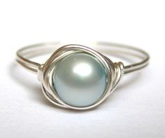 I love this blue pearl ring.
