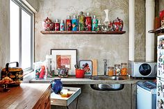 Retro kitchens and dining areas where you can pretend to cook and dine like your grandparents did.