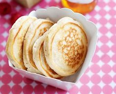 These fluffy banana pikelets can be frozen for up to 2 months in ziploc bags ready to go!