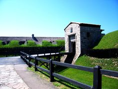 SIGHTS. Old Fort Niagara. The earliest part of the fort was built as a French castle in 1726, and the complex later played a critical role in the French and Indian War (1754-63). You can watch colorful displays of cannon and musket firings, historical reenactments, 18th-centu