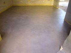 Il pavimento continuo in microcementoè a base di cemento idraulico con pH neutro, assente da tossicità e a basso spessore. Leggi di più e commenta.