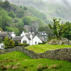 *🇬🇧 Chapel Stile, Great Langdale (Lake District, England) by Bob Radlinski 🌿 Oh The Places You'll Go, Places To Travel, Beautiful World, Beautiful Places, Shetland, England Countryside, Lake District, England And Scotland, The Good Place