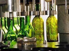 Las ventas exteriores de vino español crecen un 6% en el primer trimestre, hasta 582 millones de euros http://www.vinetur.com/2013052012384/las-ventas-exteriores-de-vino-espanol-crecen-un-6-en-el-primer-trimestre-hasta-582-millones-de-euros.html