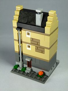 "LEGO Mini Modulars - MOC: ""Manor-house"" 